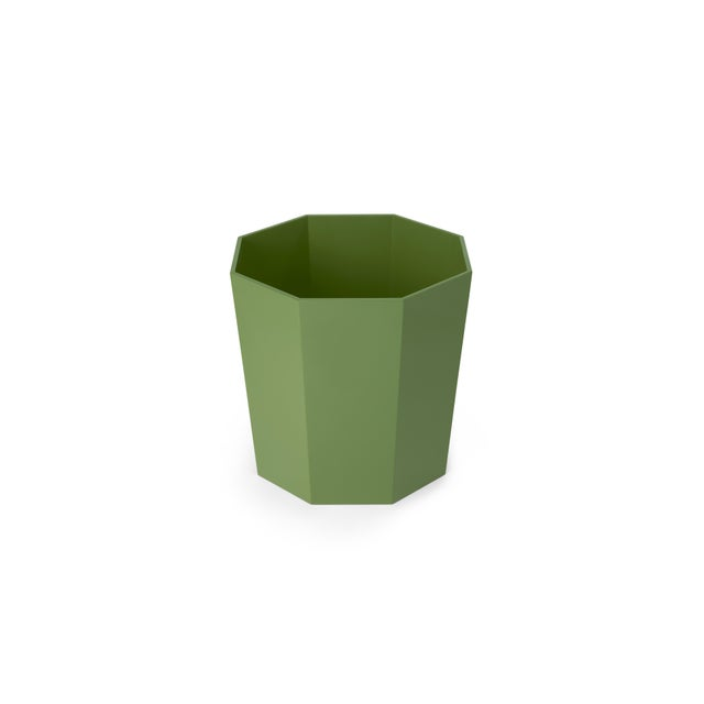 Contemporary Octagonal Waste Basket in Lettuce Green - Miles Redd for The Lacquer Company For Sale - Image 3 of 5