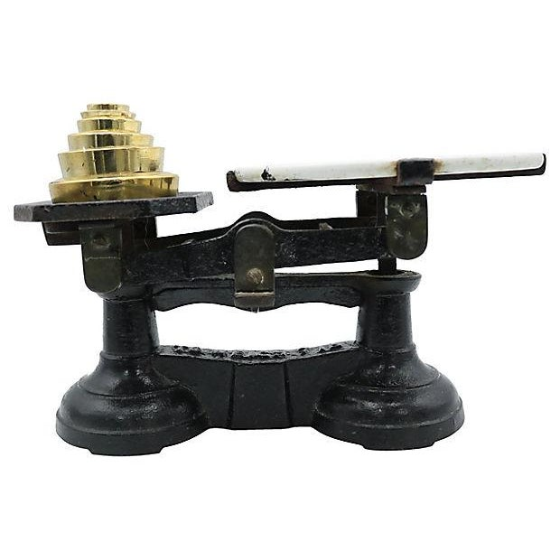 Antique English Rustic Cast Iron Scale - Image 2 of 4