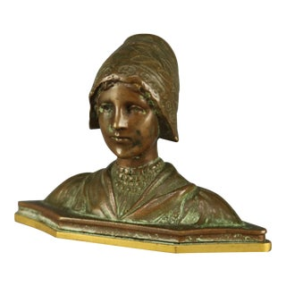 Early 20th Century Portrait Bust Sculpture of Woman Cabinet Bronze Sculpture For Sale
