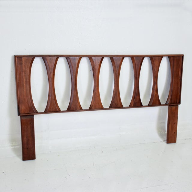 1960s Mid Century Modern Walnut Headboard by Prelude For Sale - Image 5 of 7