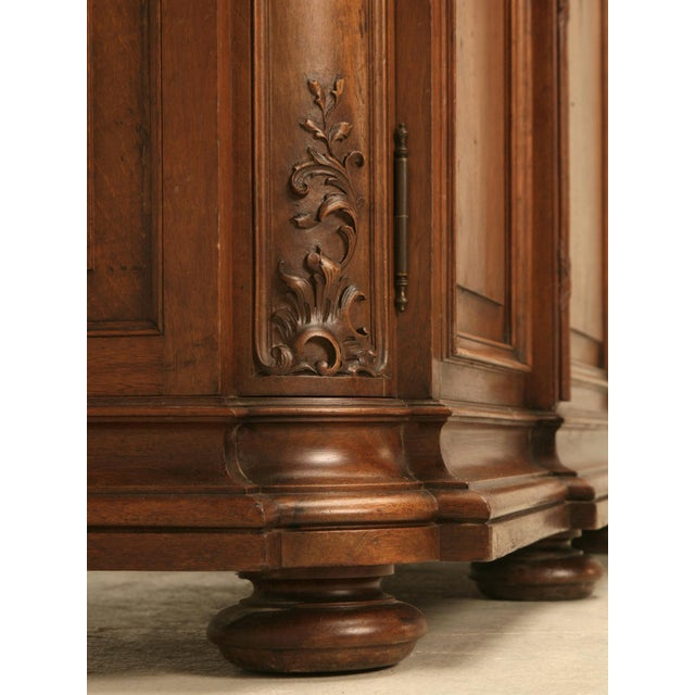 Brown Ch. Jeanselme & C° Paris Figured Marble Top Walnut Buffet For Sale - Image 8 of 10