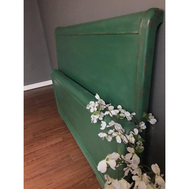 Dixie Furniture Art Deco Waterfall Full Headboard & Footboard For Sale - Image 11 of 12