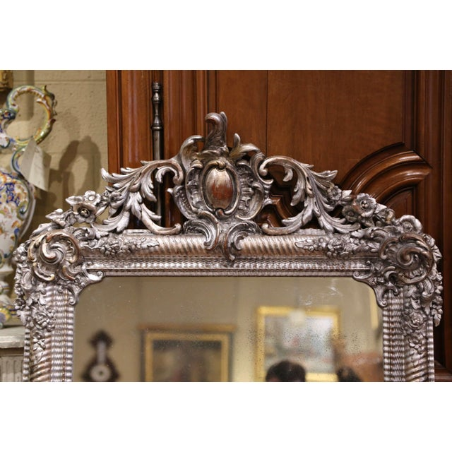 French Mid-19th Century French Louis XV Hand Carved Silvered Wall Mirror For Sale - Image 3 of 11