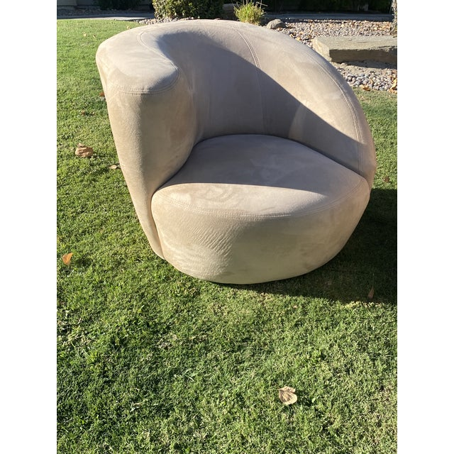 Beige Vladimir Kagan Style Nautilus Swivel Lounge Chairs - a Pair For Sale - Image 8 of 13