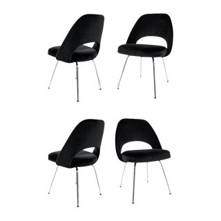 1950s Saarinen Black Leather Executive Side Chairs - Set of 4 For Sale