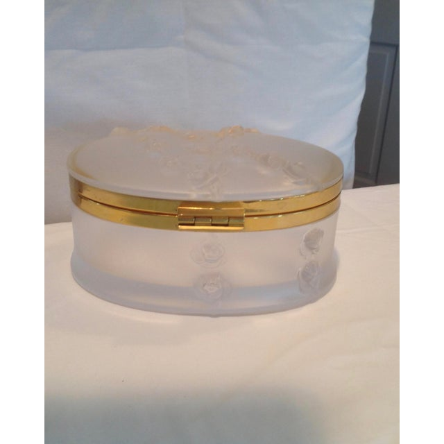 Oval Lalique Hinged Box With Gilt Metal Mounts For Sale - Image 9 of 13