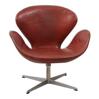 Early Arne Jacobsen Swan Chair in Original Leather