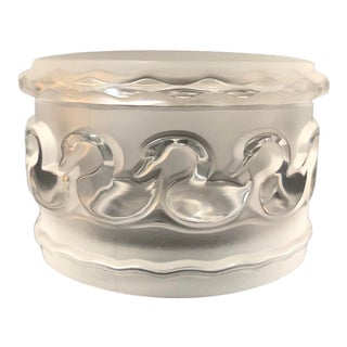 Lalique Round Trinket Power Crystal Box, Signed For Sale