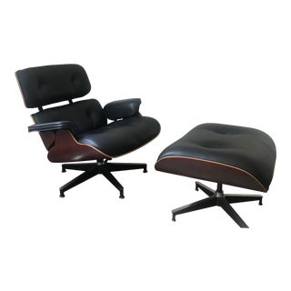 Authentic Eames Chair and Ottoman Made by Herman Miller For Sale