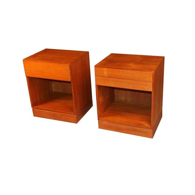 Mid-Century Modern Arne Wahl Iversen Teak Danish Modern Nightstands End Side Tables Pair For Sale - Image 3 of 12