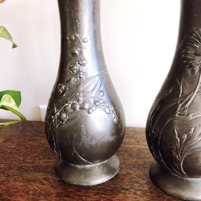 "Antique Kayserzinn Art Nouveau Pewter Vases ""4077"" - a Pair For Sale In Austin - Image 6 of 8"