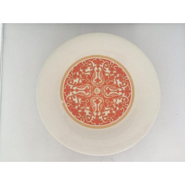 1970's Royal Doulton Orange Flower Dinner Plates S/9 - Image 4 of 9