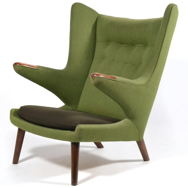 Renowned for it's beautiful design and incredible comfort, the Papa Bear chair has become an icon of 20th century Danish...