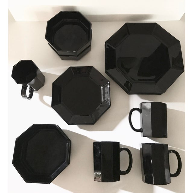 1980s Arcoroc Octime Black Octagon Dinnerware - Set of 16 For Sale - Image 9 of 9