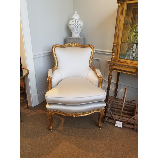 1960s Louis XV Gilt Wood and Fortuny Silver Silk Blend Upholstered Bergere Chairs - a Pair For Sale - Image 4 of 12