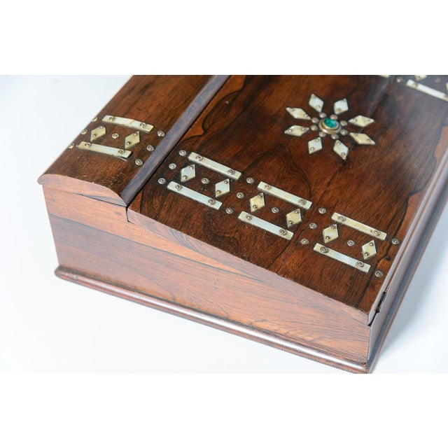 Traditional Mid 19th Century Vintage Rosewood & Mother Pearl Writing Slope Box For Sale - Image 3 of 10