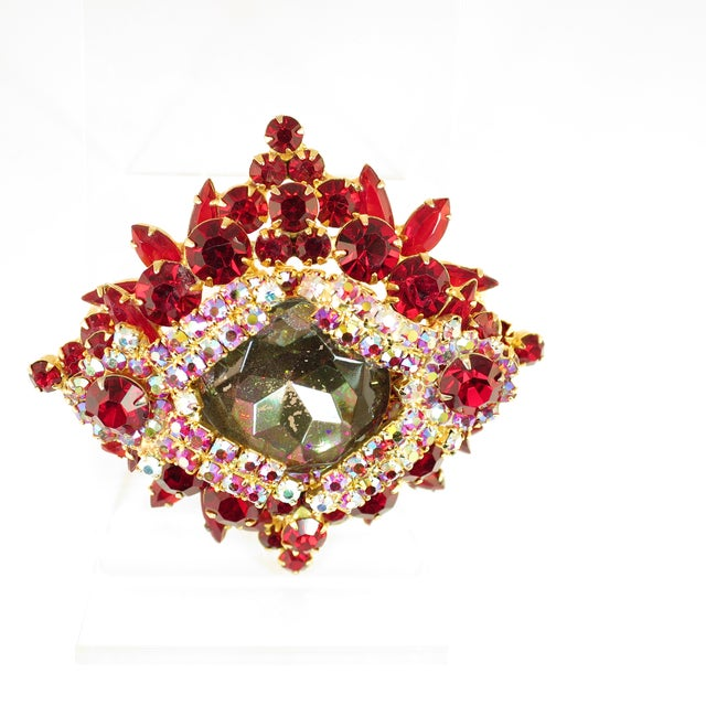 Juliana DeLizza & Elster Juliana Garnet Crystal Brooch 1960s For Sale - Image 4 of 11
