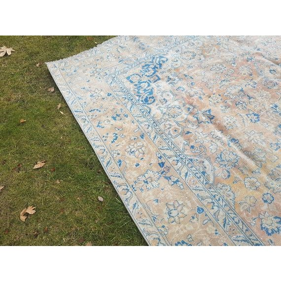 Distressed Turkish Oushak Rug- 9′ × 13′5″ For Sale - Image 4 of 11