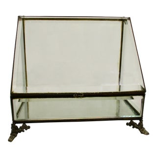 1900s Traditional Heavy Beveled Crystal Table Top Vitrine For Sale