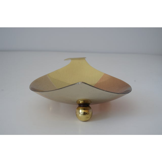 1960s Mid-Century Modern Los Castillo Style Dish Fish Form Mixed Metal Polished and Lacquered Bowl For Sale - Image 5 of 11