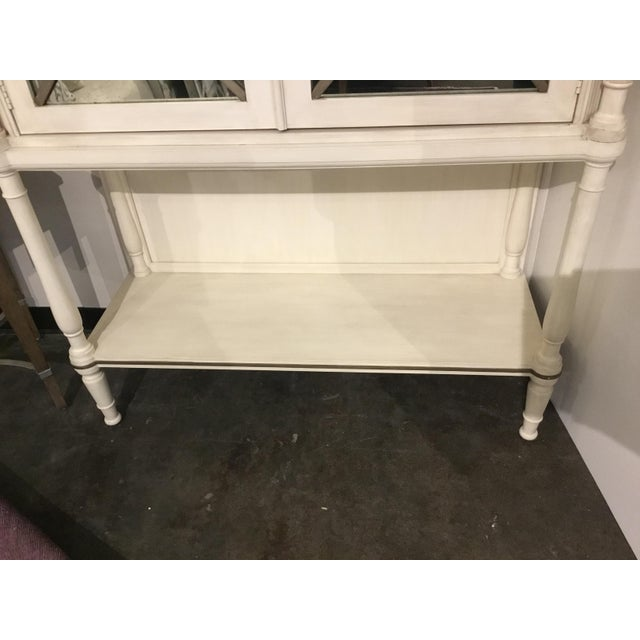 Modern Drexel Heritage Transitional White Wood and Mirrored Door Cabinet For Sale - Image 3 of 7