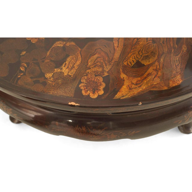 Queen Anne English Queen Anne Style Chinoiserie Rust Lacquer Floral Design Coffee Table For Sale - Image 3 of 8