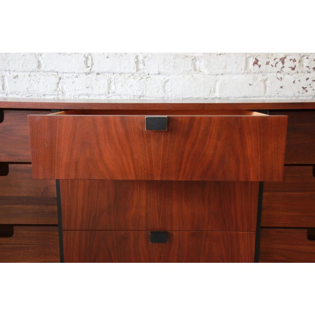 Milo Baughman for Directional Mid-Century Modern Walnut Credenza or Triple Dresser For Sale - Image 9 of 12