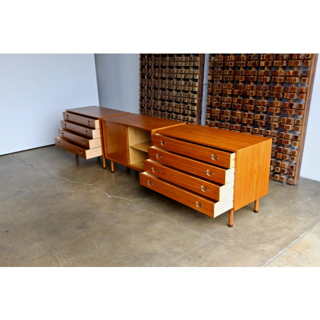 Mid 20th Century Hans Wegner Chests - Set of 3 For Sale - Image 5 of 13