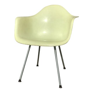 1950s Vintage Eames Herman Miller Fiberglass Shell Yellow Arm Chair For Sale