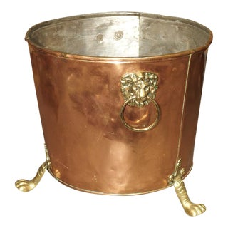English Copper and Brass Log Bucket With Lion Head Ring Handles and Paw Feet For Sale