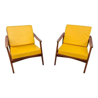 Mid Century Danish Modern Lounge Chairs- a Pair For Sale