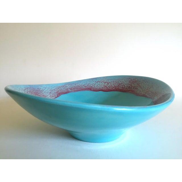 Vintage Mid Century Modern Studio Pottery Aqua Blue Drip Glaze Oval Ellipse Ceramic Pedestal Bowl For Sale - Image 9 of 13
