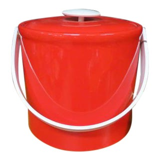 Vintage 1970s Georges Briard Mid-Century Modern Red Plastic Ice Bucket For Sale