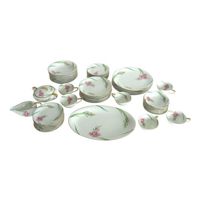 Noritake Gladiola Flowers Dinnerware - Set of 55 For Sale