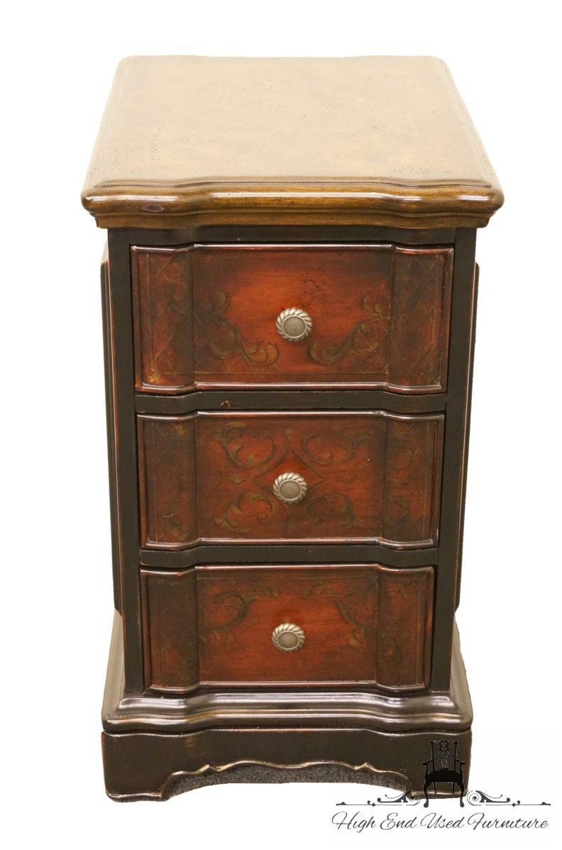 Hooker Furniture Seven Seas Collection Three Drawer Chairside Chest