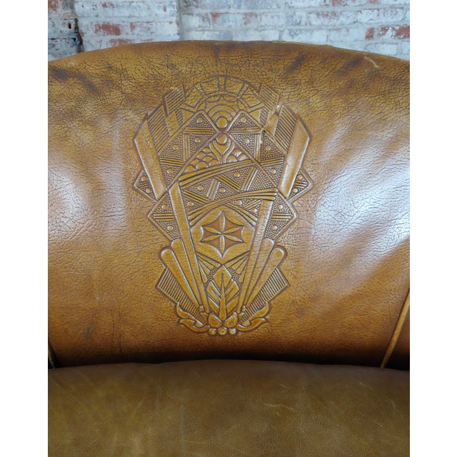 Animal Skin Antique 1930s English Leather Settee For Sale - Image 7 of 9