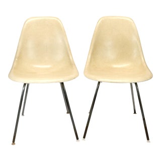 1960s Mid-Century Modern Fiberglass Eames Chairs- a Pair For Sale