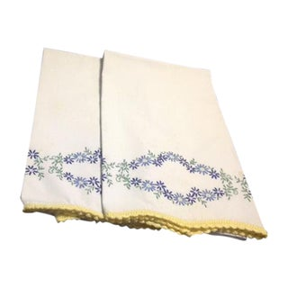 Vintage White Pillowcases With Embroidery and Crocheted Border - A Pair For Sale