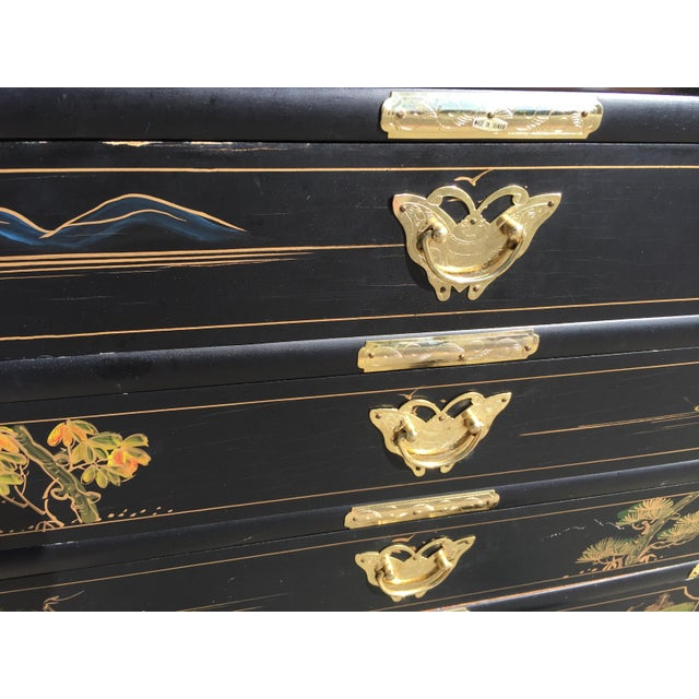 Hand Painted Chinese Chinoiserie Jewelry Chest For Sale - Image 4 of 8