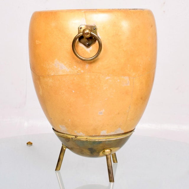 Macabo 1950s Aldo Tura Goatskin and Brass Ice/Champagne Bucket, Midcentury For Sale - Image 4 of 10