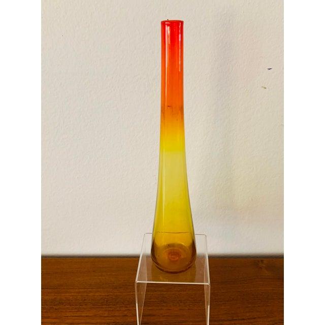 1950s 1959 Vintage Wayne Husted Blenko Glass Tangerine Vase For Sale - Image 5 of 10