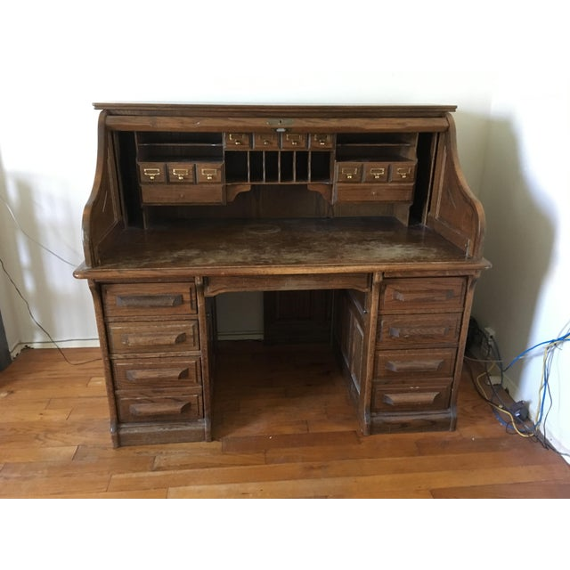 Lovely vintage oak rolltop desk, rolltop mechanism fully restored (stiff - needs lubrication), structurally completely...
