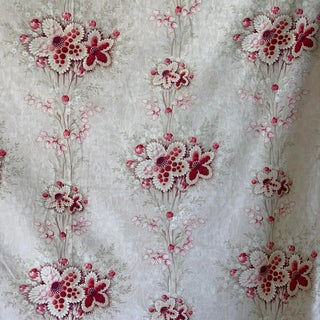 1900 Antique French Belle Epoque Curtain With Lovely Floral Design Sturdy Cotton For Sale