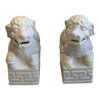 Vintage Off-White Foo Dogs Bookends - A Pair For Sale