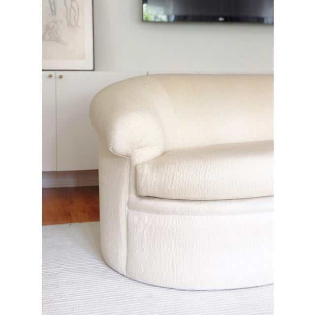 Contemporary 1980s Vintage Milo Baughman for Thayer Coggin Rare Curved Kidney Sofa For Sale - Image 3 of 6
