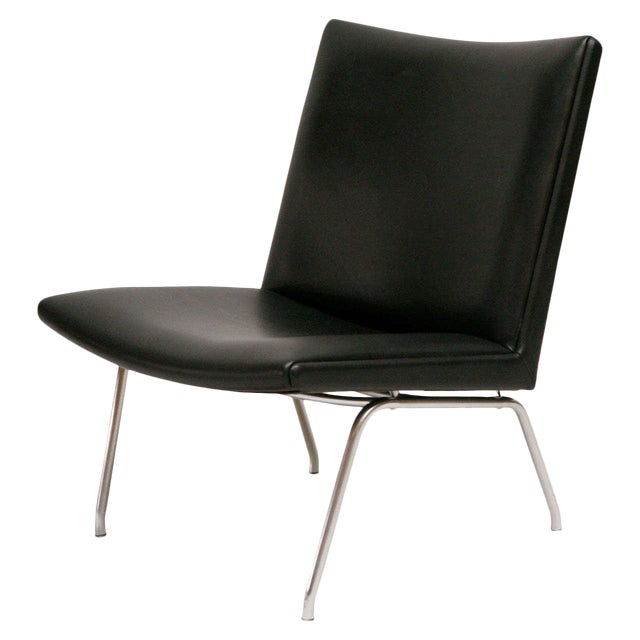 Hans Wegner AP 39 Lounge Chair For Sale