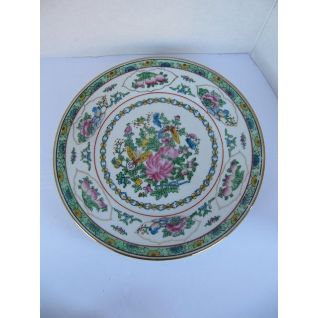 Decorative Chinoiserie Wall Plates- 3 Pieces For Sale - Image 5 of 7