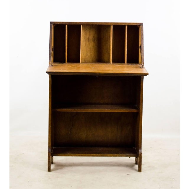 English Traditional 19th Century English Traditional Stand-Up Desk Bookshelf For Sale - Image 3 of 13