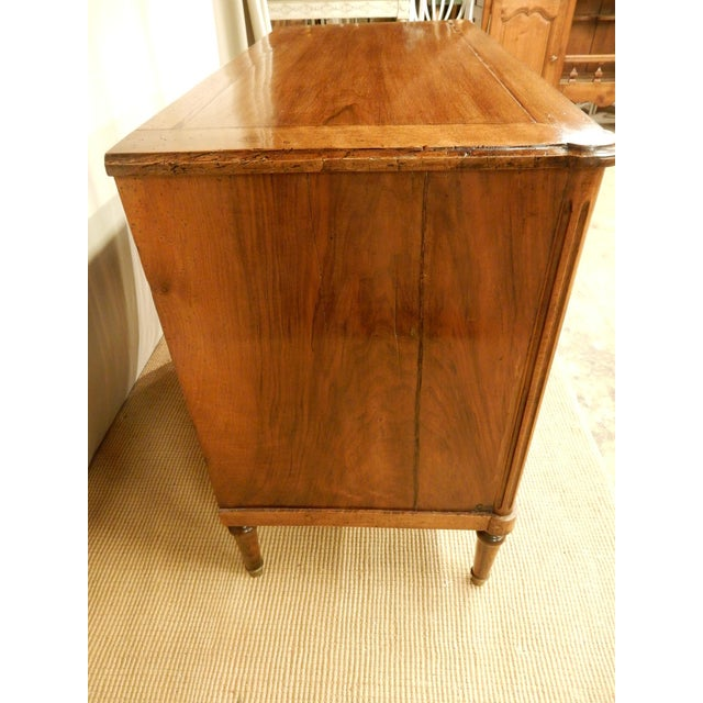 19th C. French Louis XVI Style Walnut Commode For Sale In New Orleans - Image 6 of 11