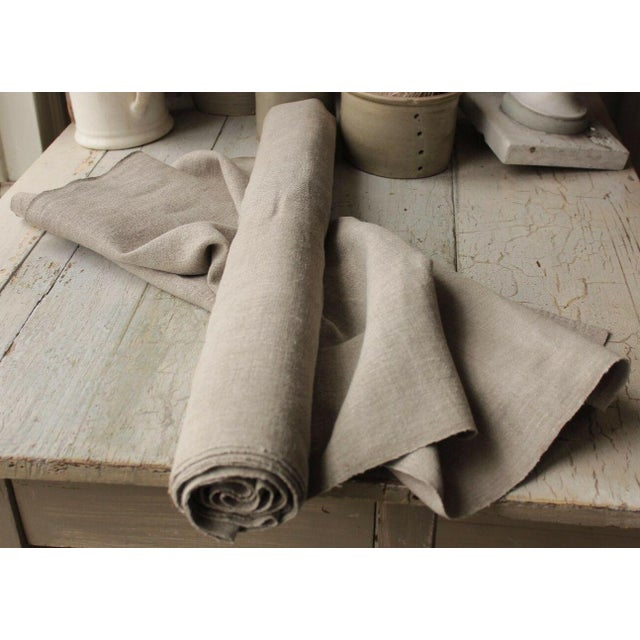 Antique Gray Putty Toned Linen Fabric - 7.3 Yards X 27 Inches For Sale - Image 11 of 11